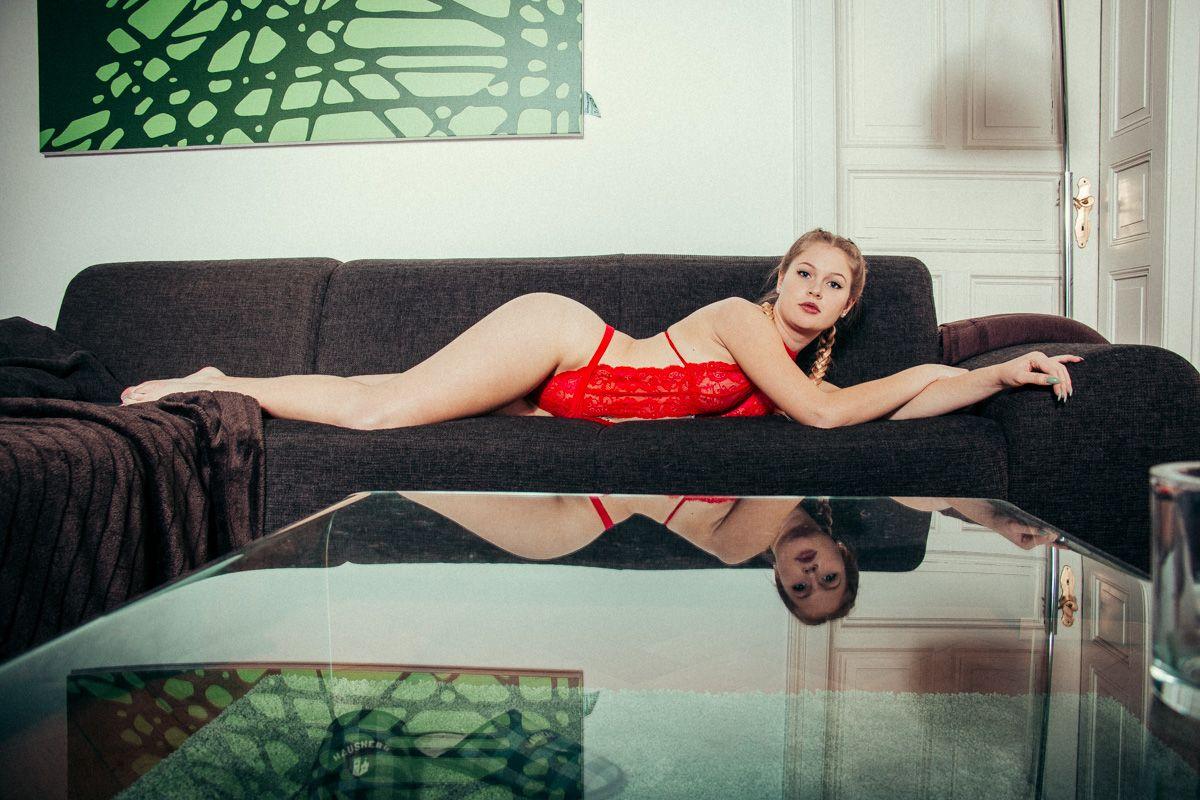 dirkpult fotografie dessous 1689 01 9539 - Alina in Red Series