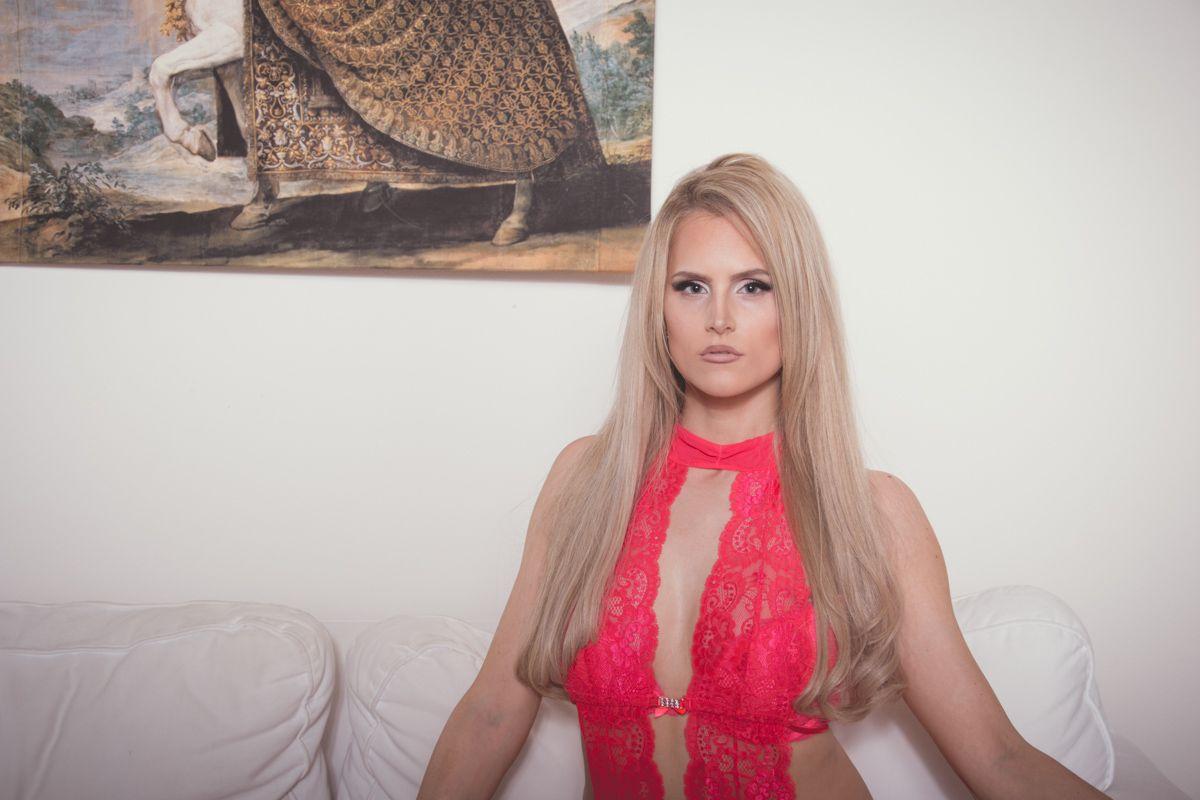 dirkpult fotografie sensual dessous boudoir 0897 - Janina Jagdschloss Series II