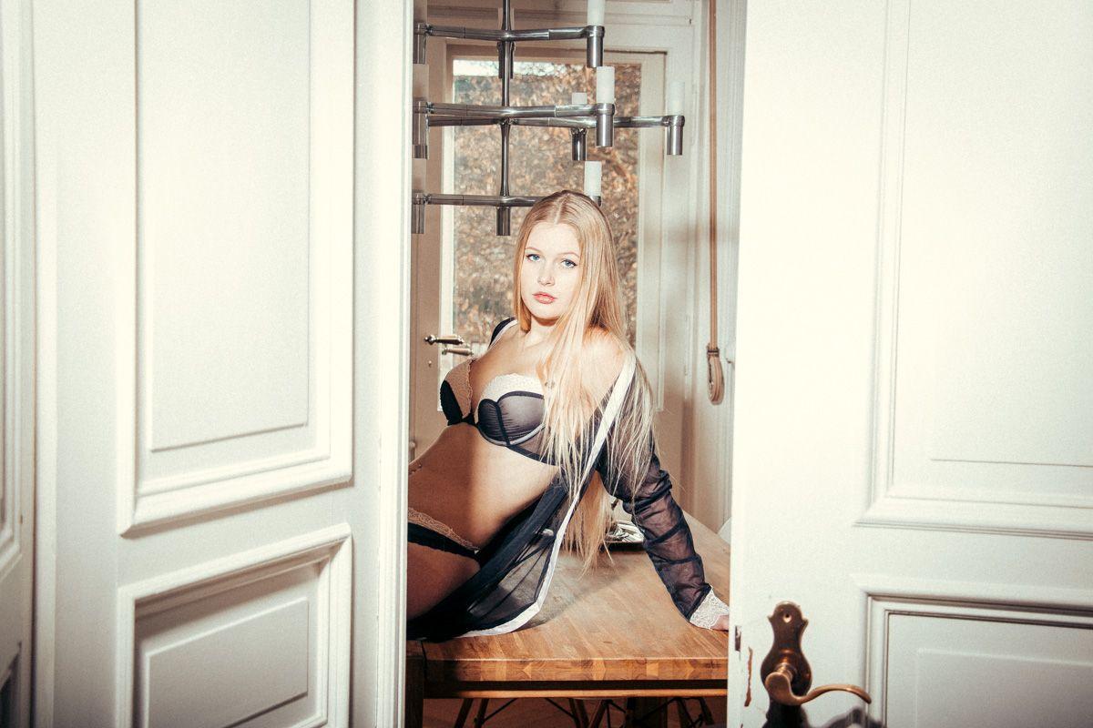 dirkpult fotografie sensual dessous boudoir 9048 - Alina Apartement Series II