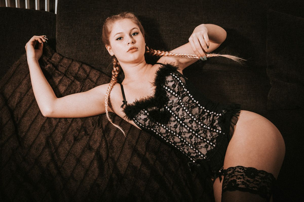 dirkpult fotografie sensual dessous boudoir 9436 - Alina Wiesbaden Series