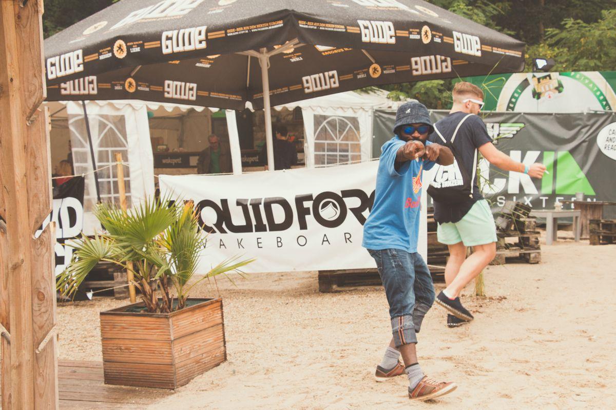 event reportage wakeport party cm 2471 comp - Veganza Beach Festival