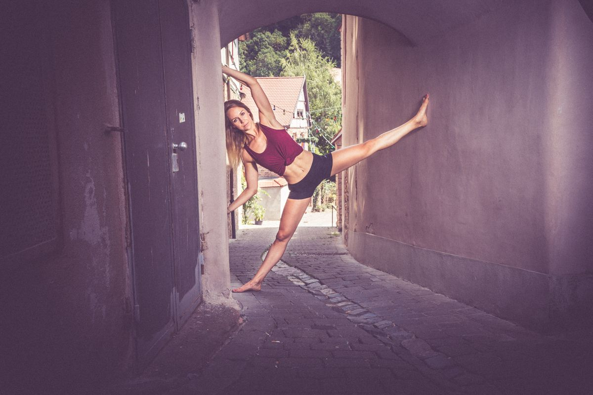 sportfotografie dancer ballet 06317 comp - Anna Dancer Series 01